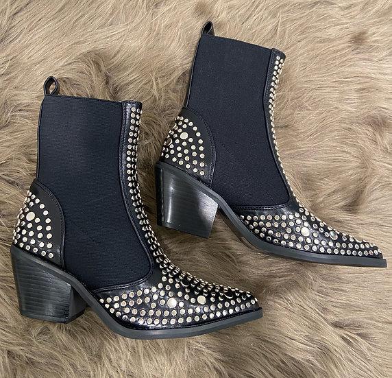 Boots noirs avec clous