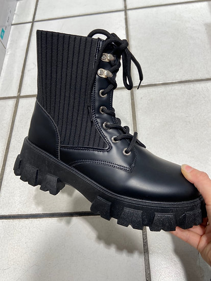 boots a lacets elastique