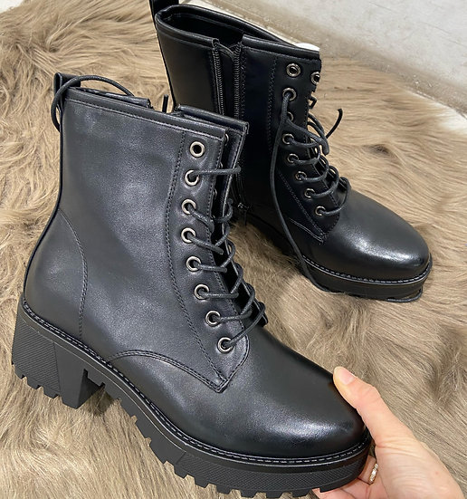 Boots noirs a talon