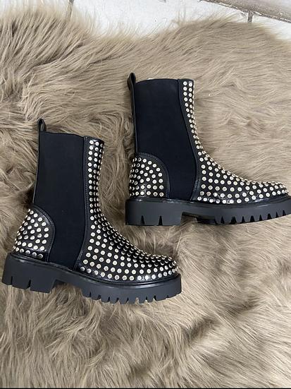 Boots avec clous