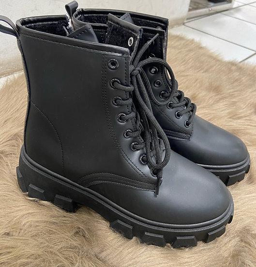 Boots mattes