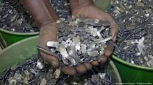 Corruption : enquête sur les biens mal acquis des occidentaux en Afrique