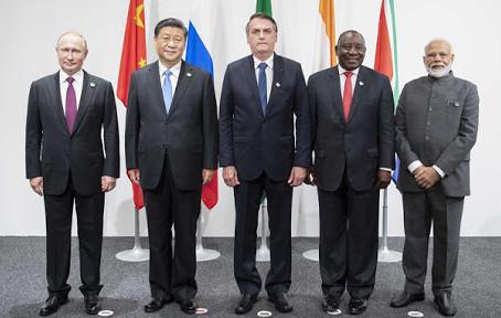 Afrique du Sud / 12eme Sommet des BRICS : discussion du commerce et de la coopération interpersonnel