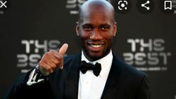 Football : Didier Drogba, 1er Africain à recevoir le prix Award de l'UEFA