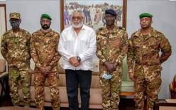 Crise malienne: Jerry Rowlings reçoit la junte militaire