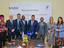 Afrique/Russie : rencontre fructueuse entre le Conseil national de la jeunesse de la Fédération de R