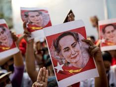 Birmanie : les manifestants continuent de réclamer le retour de la présidente malgré les répressions