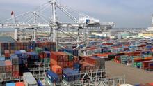 Port autonome de Douala : la RTC sur les quais, Bolloré dans les tribunaux