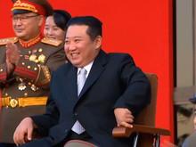 Corée du Nord : Kim Jong Un inaugure l'exposition sur le développement de la défense nationale.