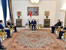 Egypte / France : Al-Sissi et Le Drian discutent du transfert de technologie