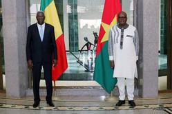 Mali / Burkina Faso : Kabore et N'Daw veulent relancer la commission mixte entre leurs pays