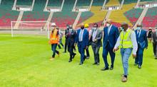 Stade d'Olembé: Motsepe salue le joyau architectural