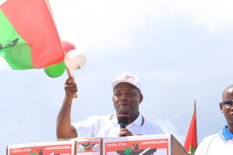 CAMPAGNE ÉLECTORALE AU BURUNDI : NDAYISHIMIYE A KIRUNDO PROMET DE VULGARISER L'IRRIGATION ET L'ACCES