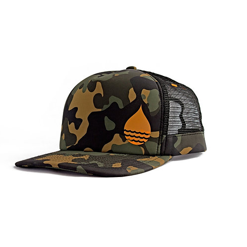 CAMO FLOATING TRUCKER HAT WITH SNAPBACK