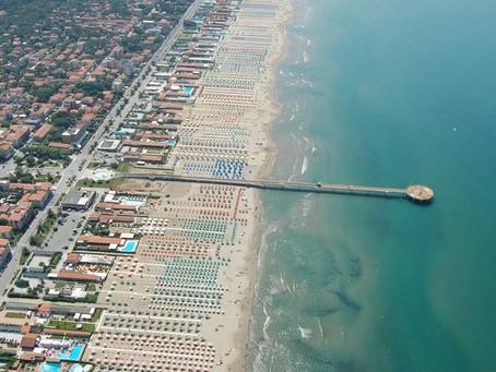 VENDESI - Ville a Marina di Pietrasanta