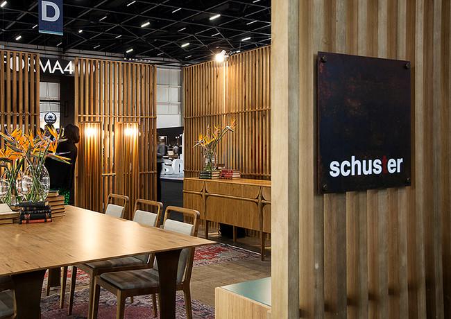 Schuster na High Design