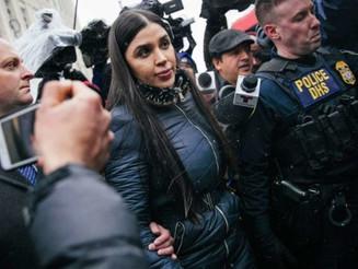 Emma Coronel se entregó a las autoridades