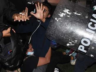 Policía de Quintana Roo dispara en manifestación feminista