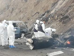 Mueren 14 personas tras explosión de pipa