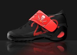 shoe%20pic%20com%202_edited.jpg