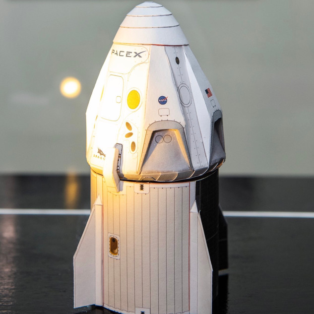 Crew Dragon Model By Dr. Alfonso Moreno, AXM Paper Space Scale Models
