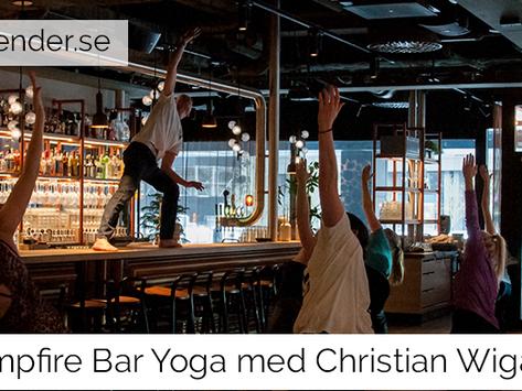 Yoga i en bar - inte så konstigt som det låter