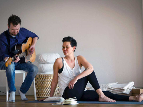Restore me more | Yoga och levande musik i Strängnäs 16 december