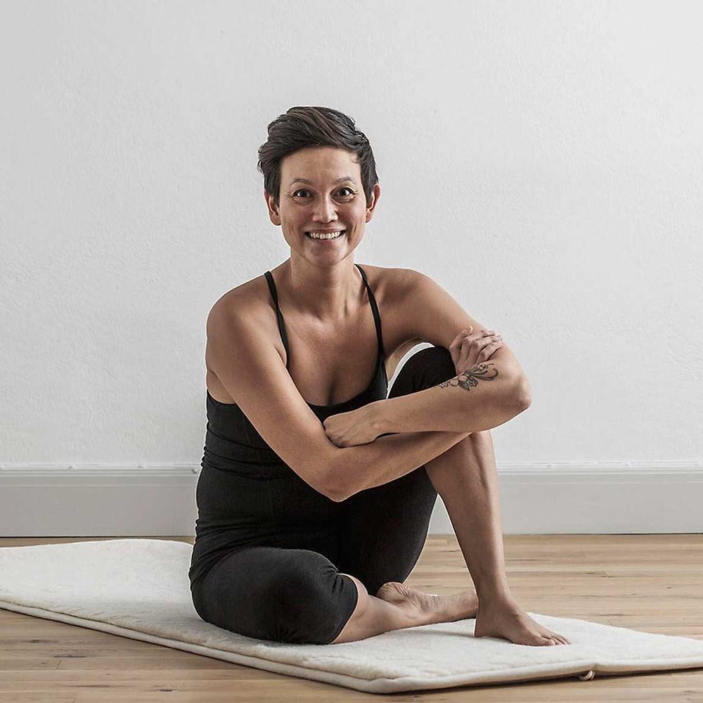 Karin Chaikiat Sjödin, yogalärare och mindfulnessinstruktör
