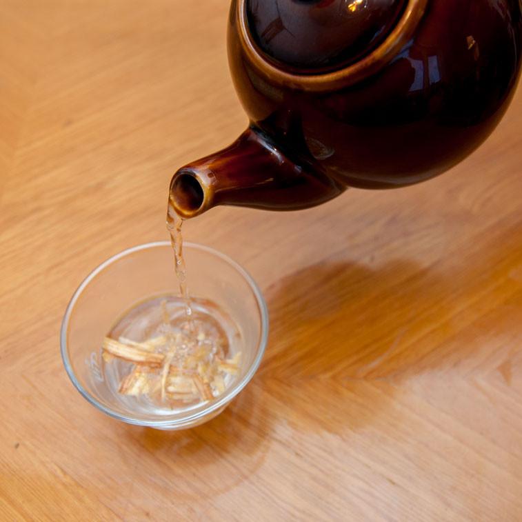 Te bryggt på palo santo