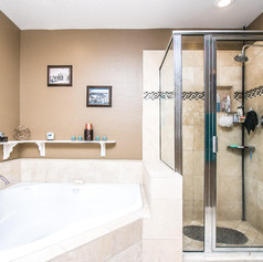 Mster Bath