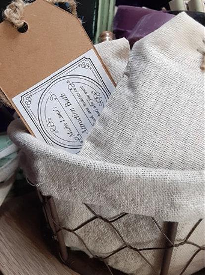 Madre Lunas  Attraction Tea Bag Bath