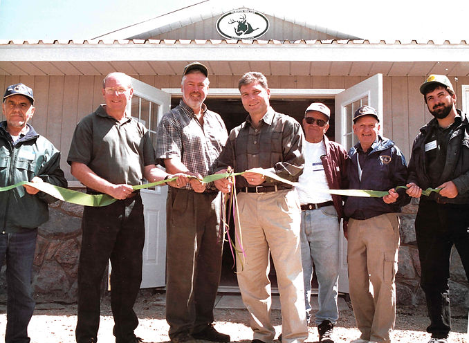 Ribboncutting crop .jpg