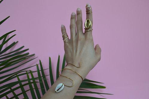 Cowrie bracelet