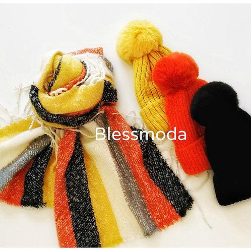 Bufanda flecos tricolor