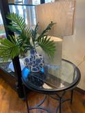 lamp-vase-table