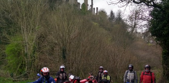 T2T 2019 group 3 at Berry Pomeroy castle