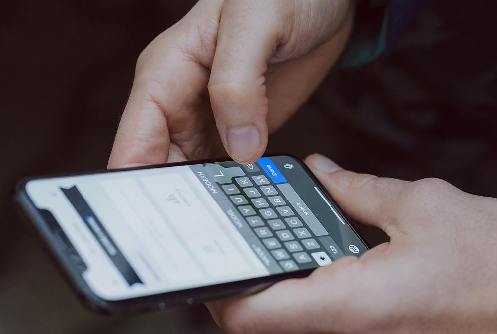 Dispositivos mobile são cada vez mais importantes para empresas no ambiente digital.