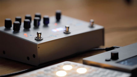 Guitar Pedal for Synthesizers