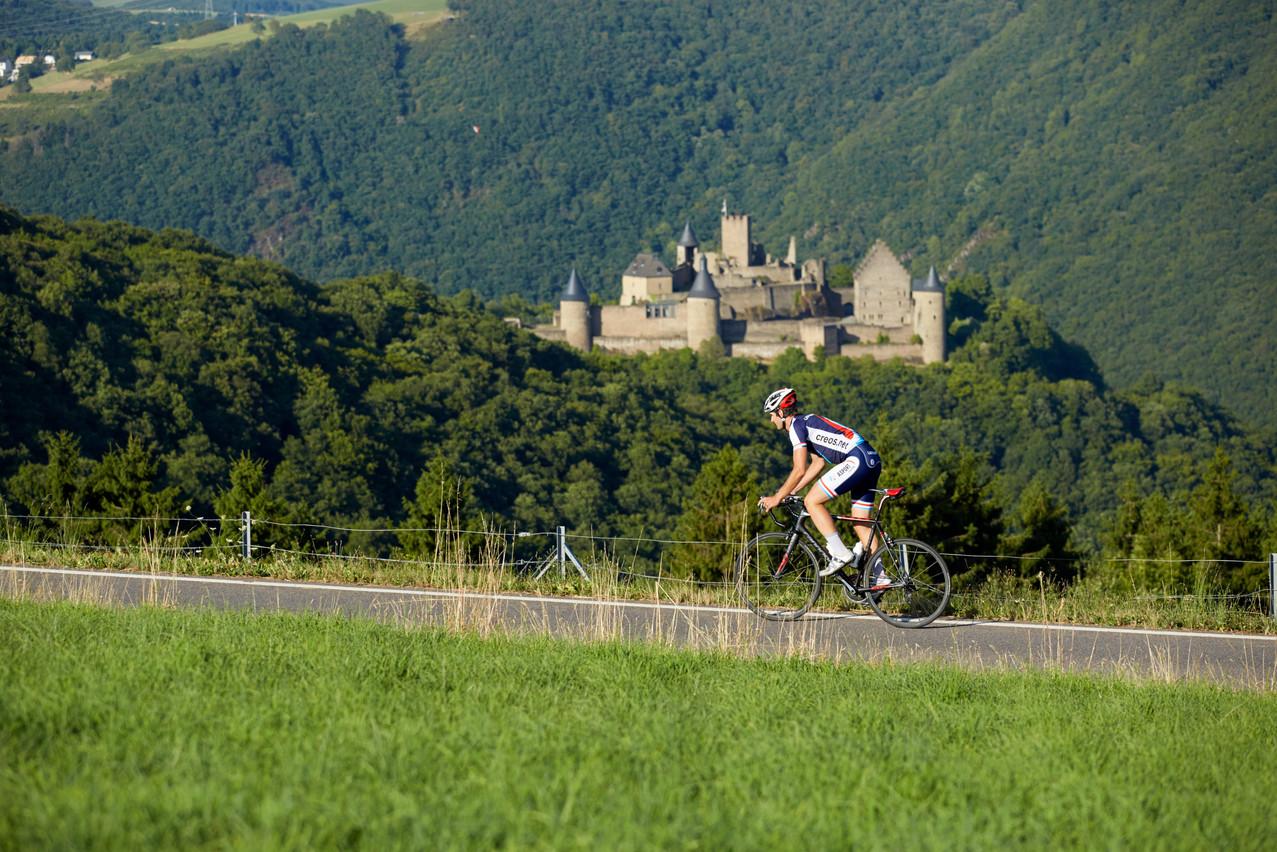 Bourscheid castle with Dizzy