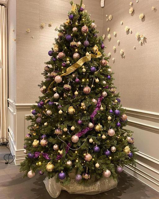 Lounge Christmas Tree