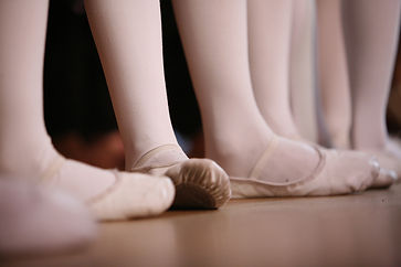 ballet-4941738_1920.jpg