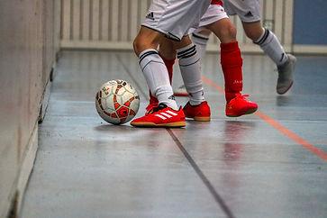 indoor-soccer-4813883_1920.jpg
