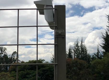 Instalación sistema seguridad perímetro en Rancho San Francisco, Ecuador.