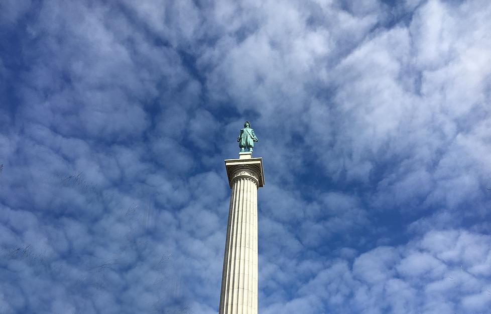 Henry Hudson Statue.png