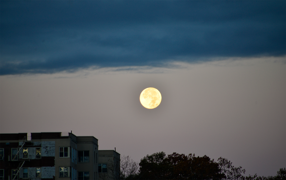 FULL Moon wCloudscape Inwood.png