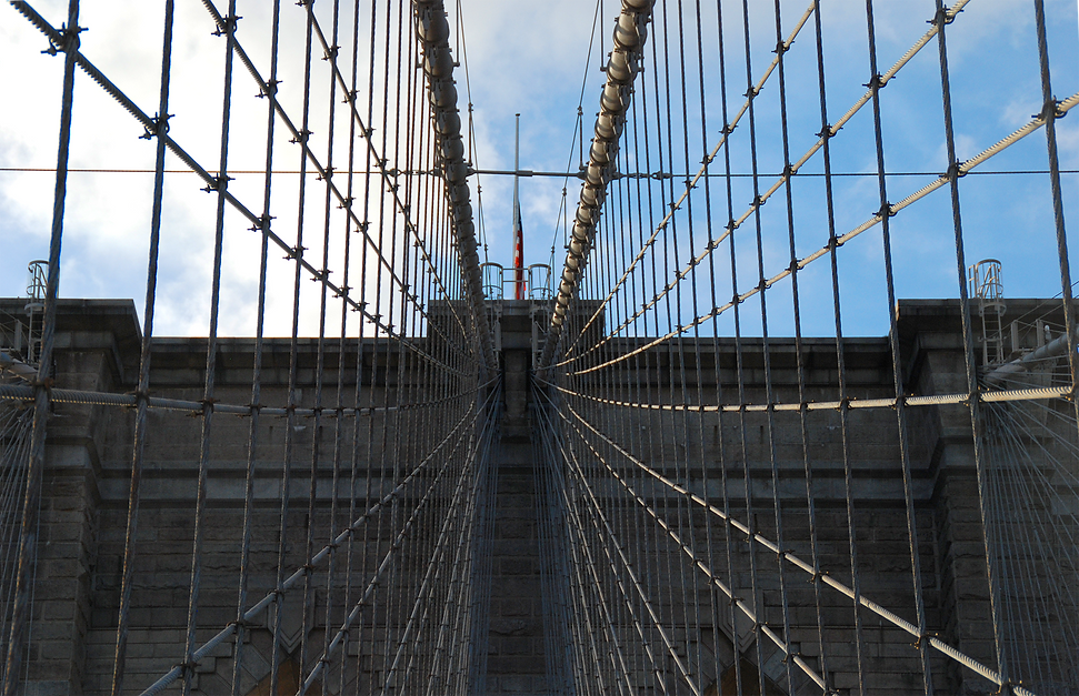 Brooklyn Bridge Cable Perspective.png