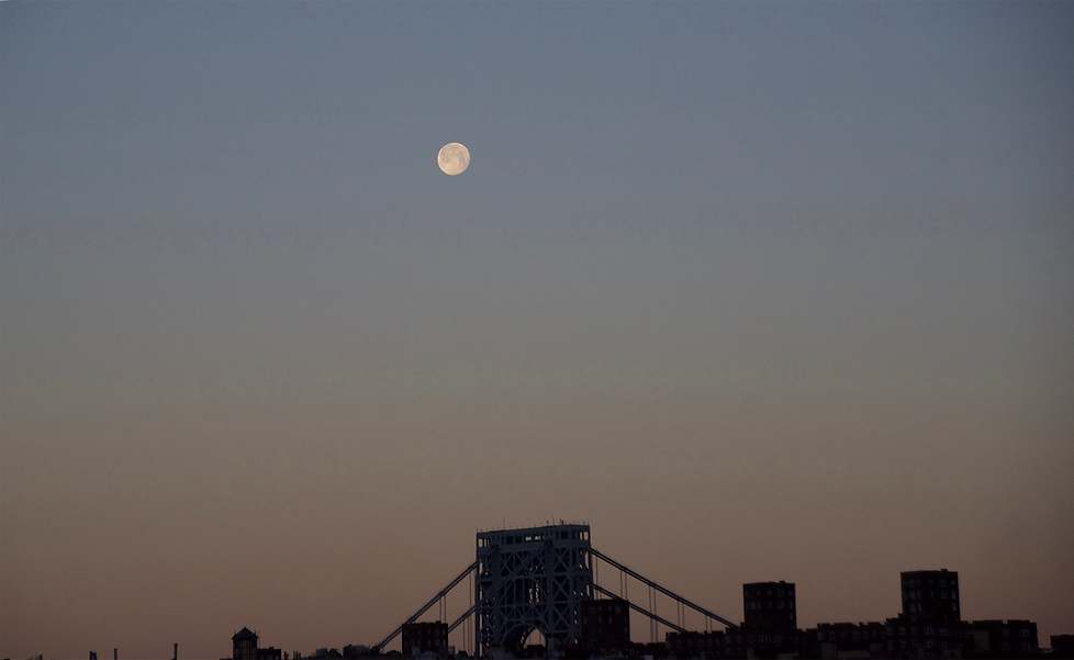MOON + GW Bridge 3.png