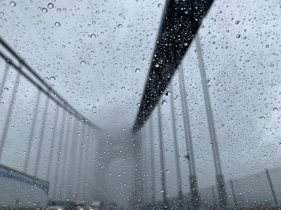 GW Bridge Raindrops FOG.png