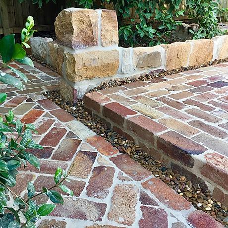 Stonemasonry - Reclaimed Bricks