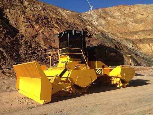 TANA E450 Landfill Compactor